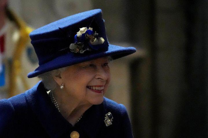Ratu Elizabeth pulang ke rumah setelah dirawat di RS