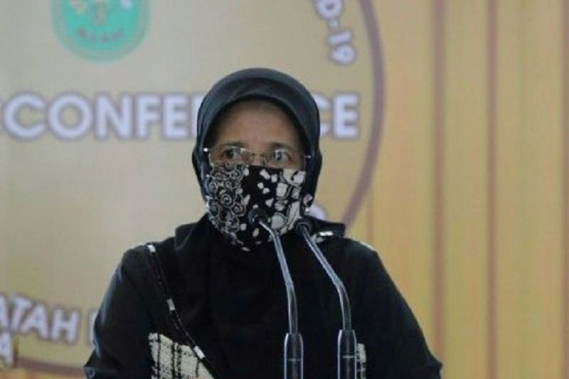 Dinkes Riau ancam cabut izin faskes tak patuhi tarif baru tes PCR