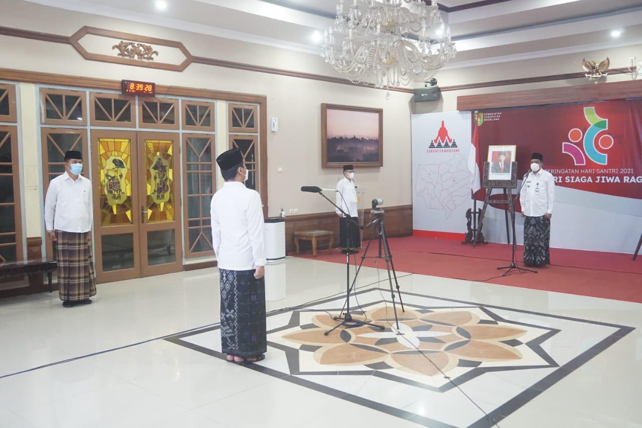 Peserta upacara Hari Santri Nasional Kabupaten Magelang wajib kenakan baju santri
