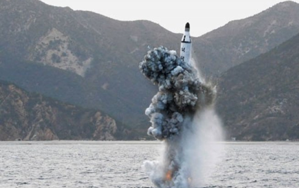 Korea Utara tembakkan rudal balistik dari kapal selam