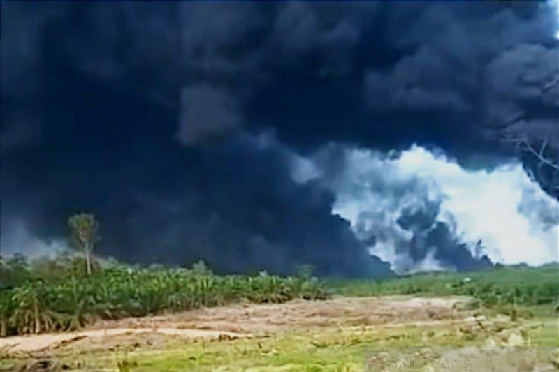 Sumur minyak ilegal di Musi Banyuasin Sumsel meledak