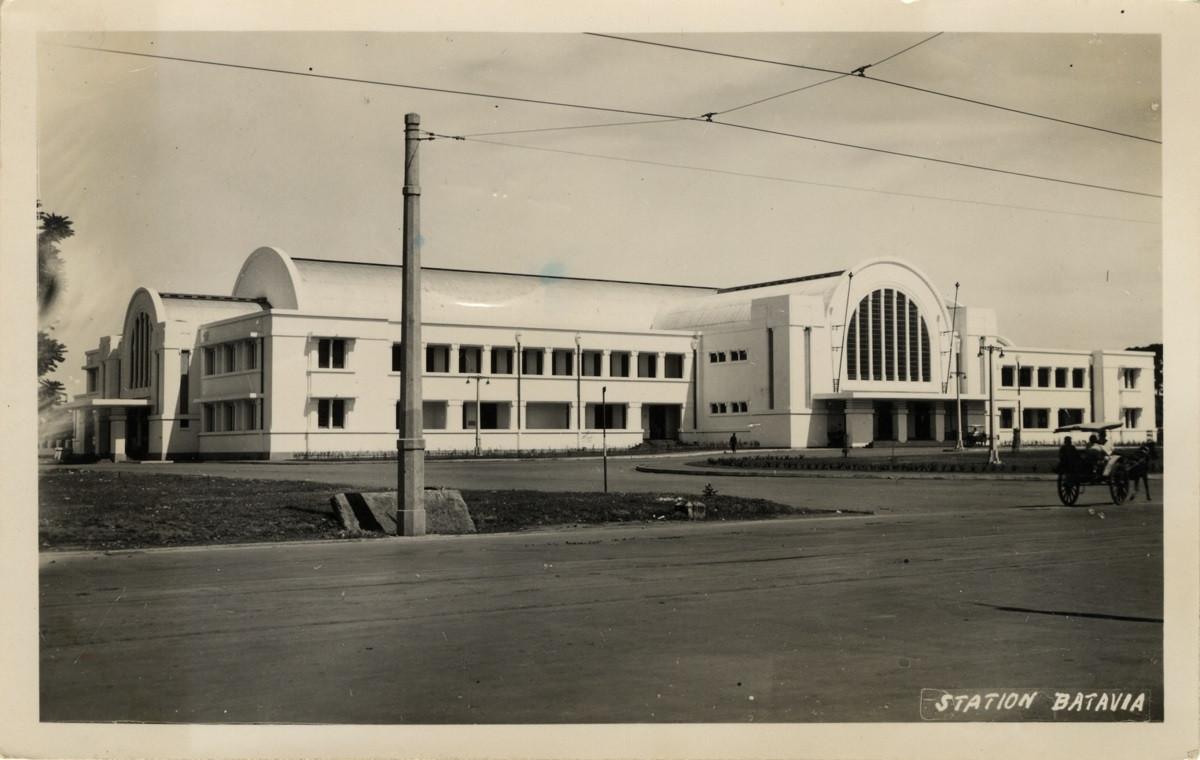 8 Oktober 1929: Peresmian Stasiun Jakarta Kota