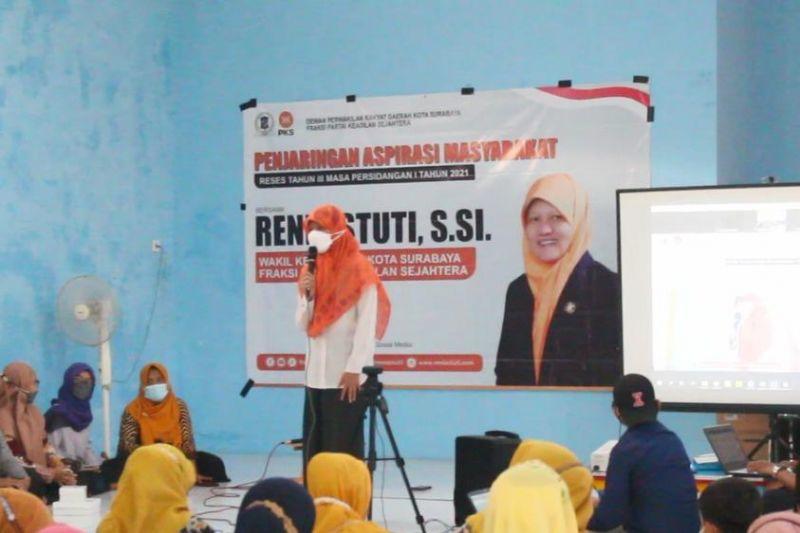 Pimpinan DPRD Surabaya buka layanan cek data dan konsultasi bagi warga