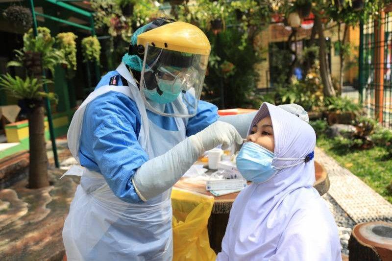 Pemeriksaan 1.073 sampel tak temukan siswa positif corona di Tangerang