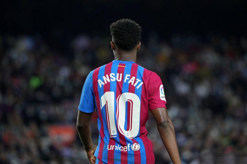 Ansu Fati sepakati kontrak baru dengan Barcelona hingga 2027