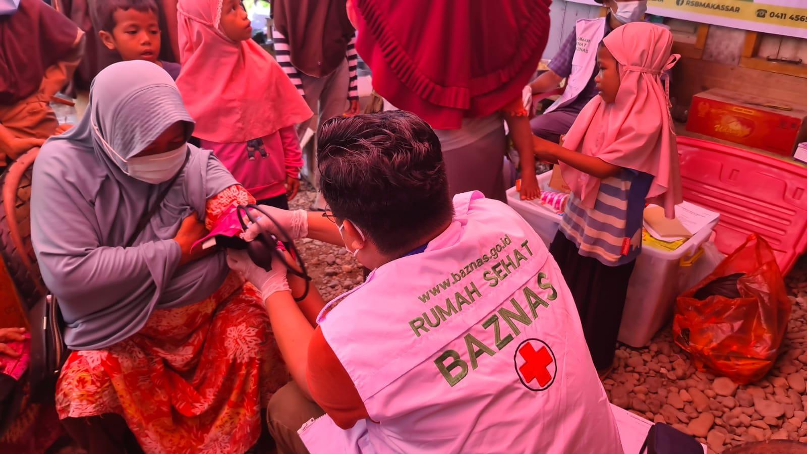 BAZNAS bantu korban banjir di Kabupaten Luwu, Sulsel