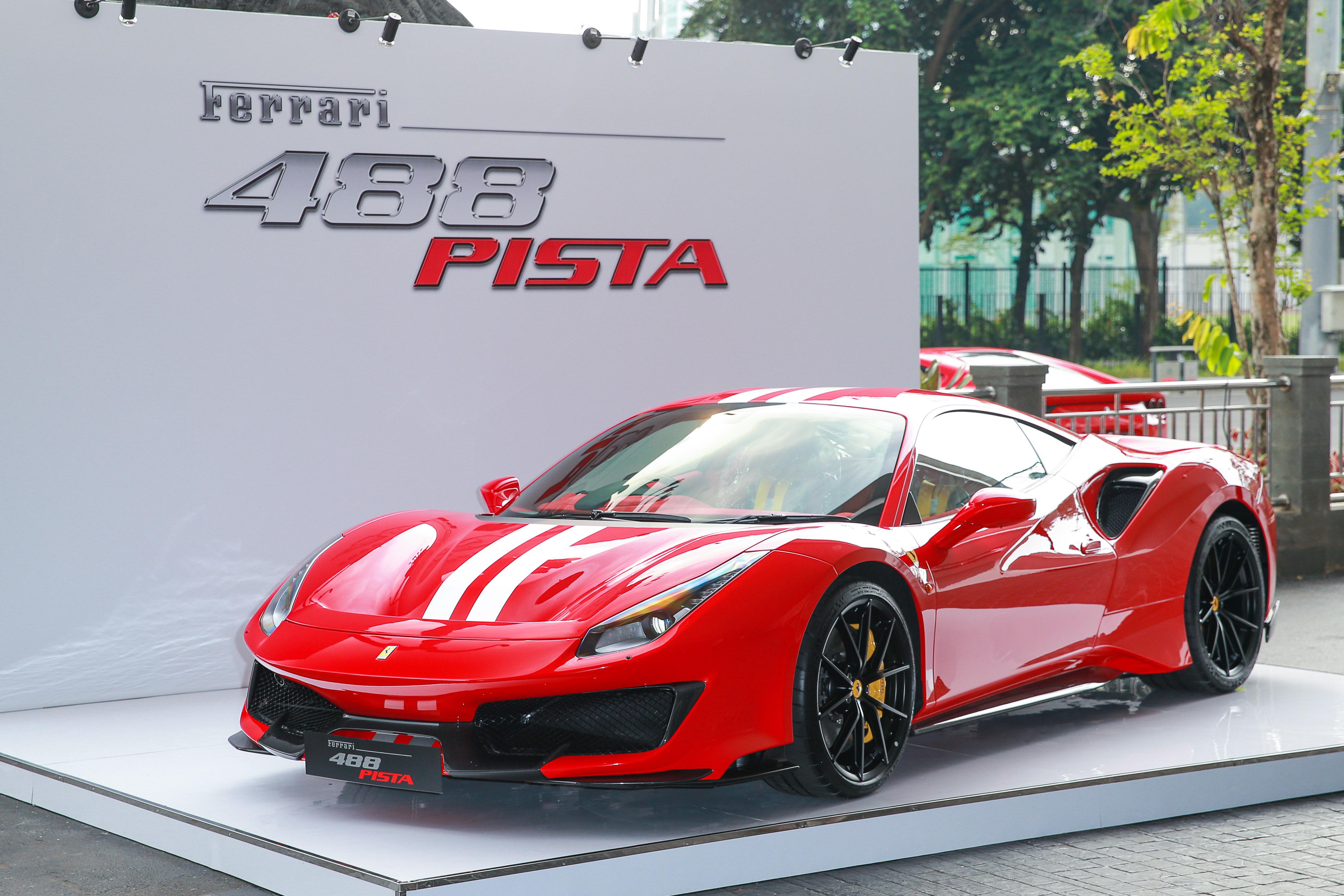Ferrari 488 Pista yang Pertama Hadir di Indonesia