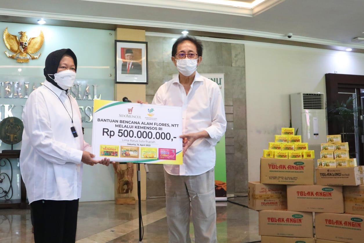 Mensos terima bantuan Sido Muncul untuk korban banjir NTT