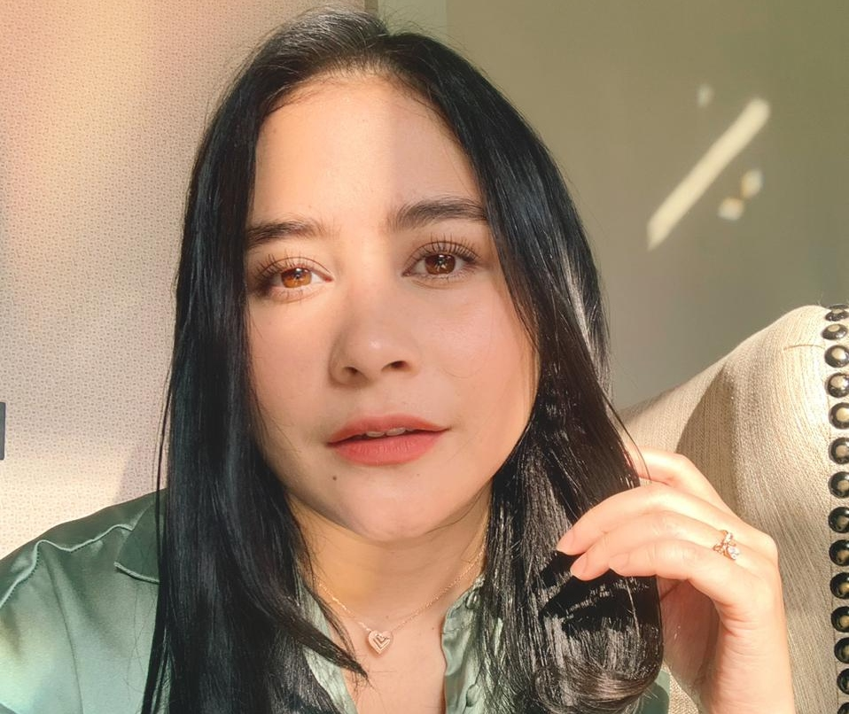 Ungkap sosok yang bikin BM Prilly Latuconsina, netizen heboh