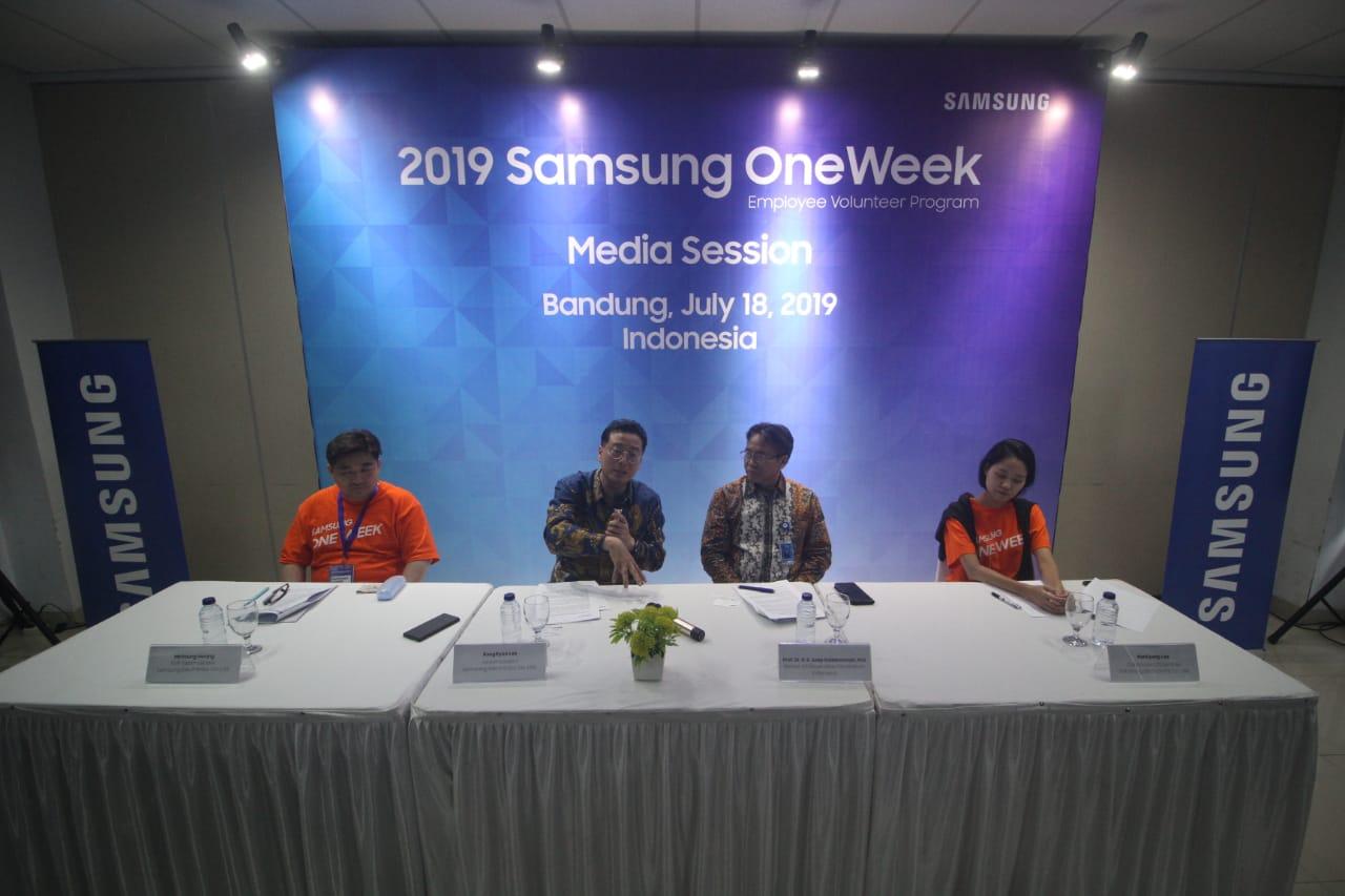 Bina perempuan pelaku UMKM, Samsung OneWeek Program digelar