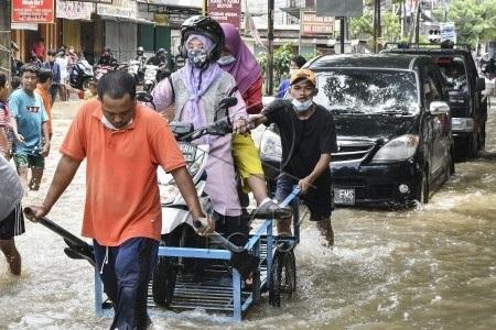 Banjir melanda sejumlah daerah di Indonesia