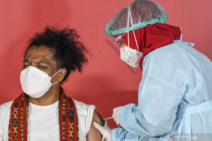Vaksinasi COVID-19 bagi seniman dan budayawan