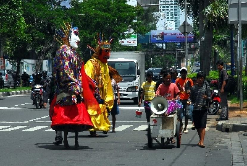 Jakarta melarang pengamen ondel-ondel