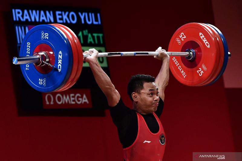 Menpora apresiasi lifter yang telah memperoleh medali